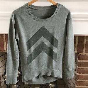 🖤4/$25 Army green high low sweater, xs